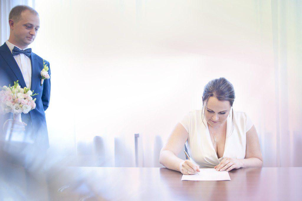 podpisywanie dokumentów w urzędzie